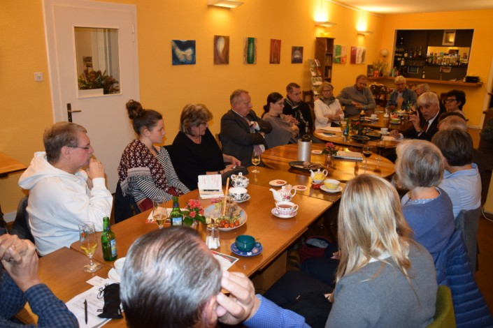 Das Foto zeigt die iPunkt-Stammtisch-Teilnehmer